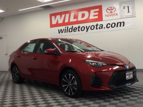 New 2017 Toyota Corolla SE CVT 4dr Car