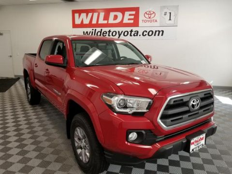 New 2017 Toyota Tacoma SR5 Double Cab 5' Bed V6 4x4 AT Double Cab 4WD