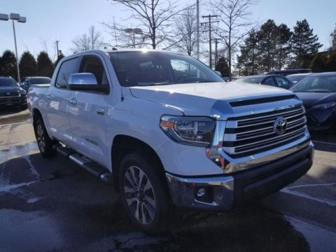 New 2018 Toyota Tundra 4WD Limited CrewMax 5.5' Bed 5.7L FFV Double Cab 4WD