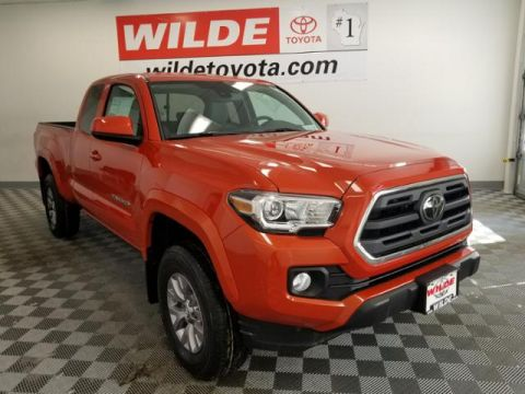 New 2018 Toyota Tacoma SR5 Access Cab 6' Bed V6 4x4 AT Extended Cab Pickup 4WD