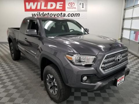 New 2017 Toyota Tacoma TRD Off Road Access Cab 6' Bed V6 4 Extended Cab Pickup 4WD
