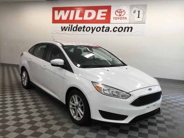 Pre-Owned 2016 Ford Focus 4dr Sdn SE