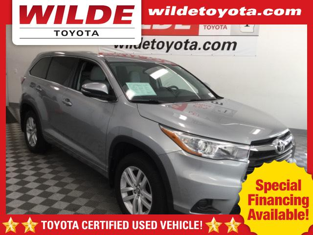 Pre-Owned 2016 Toyota Highlander AWD 4dr V6 LE Plus