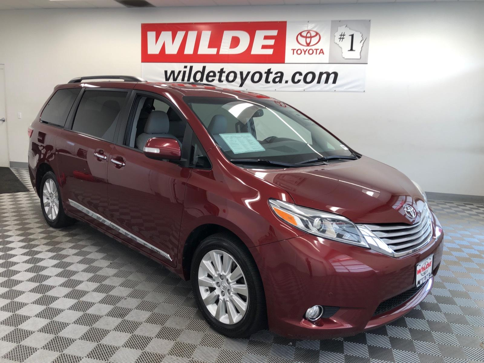 Pre-Owned 2015 Toyota Sienna 5dr 7-Pass Van Ltd Premium AWD