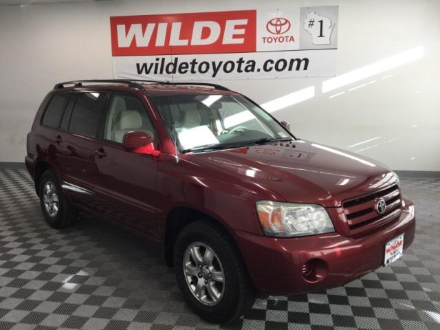 Pre-Owned 2004 Toyota Highlander 4dr V6 w/3rd Row