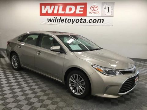 Pre-Owned 2016 Toyota Avalon Hybrid 4dr Sdn Limited